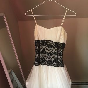 Dresses & Skirts - White Tulle Cocktail Prom Dress with Black Lace
